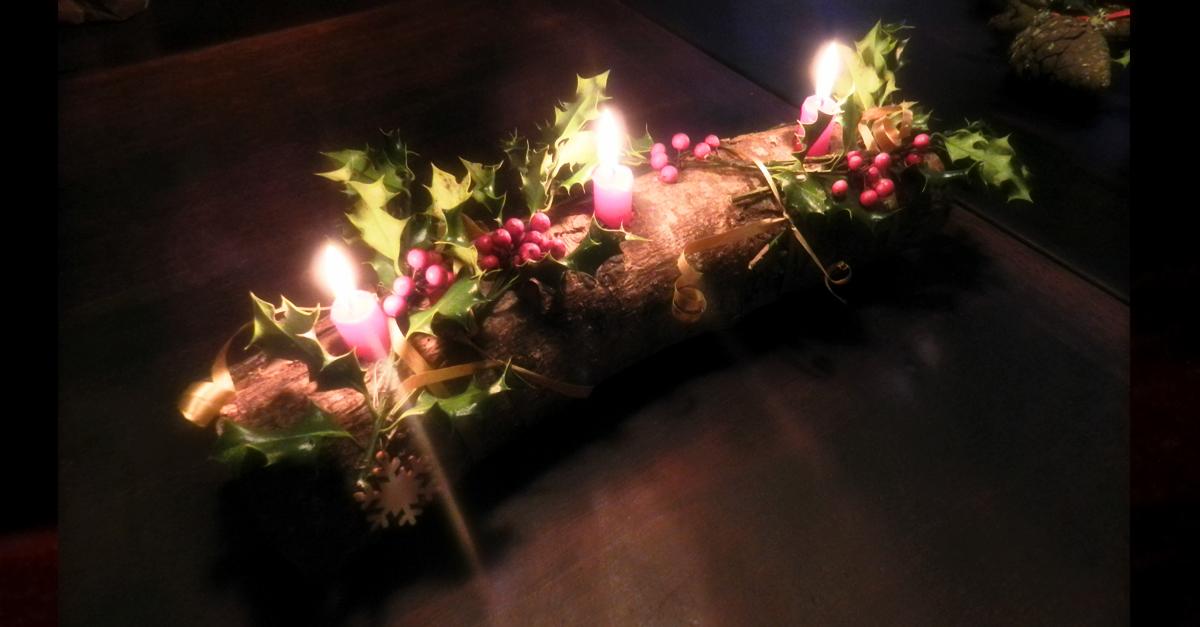 Bien vivre le solstice d'hiver avec la bûche décorée