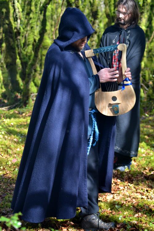 Brigia Roue 4 - barde à la lyre tournant dans le cercle