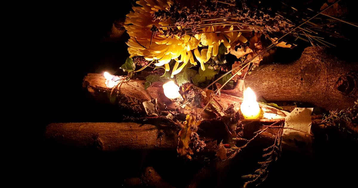 Cultiver le feu intérieur en allumant le feu du solstice d'hiver tous rassemblés pour honorer Belenos